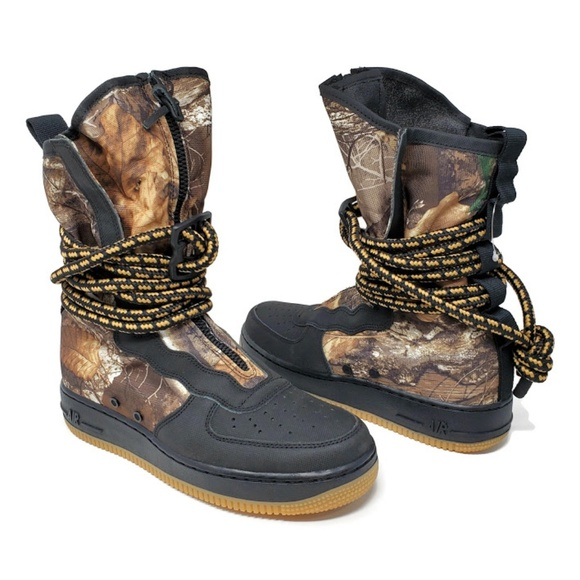 Nike SF Air Force 1 High Realtree Men's Camo Boots